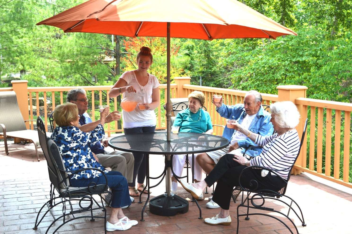 Wiggins patio dining senior living assisted living at Menorah Park Beachwood Ohio